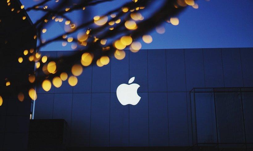 iPhone 8 ar putea avea ramele din jurul ecranului invizibile  (FOTO)