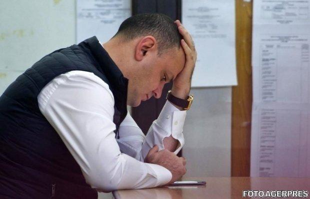 O nouă lovitură pentru Sebastian Ghiță. DNA Ploieşti cere încă două mandate de arestare preventivă pe numele său