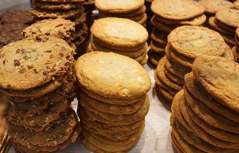 Ce ascundea o profesoară în biscuiții pe care îi dădea elevilor