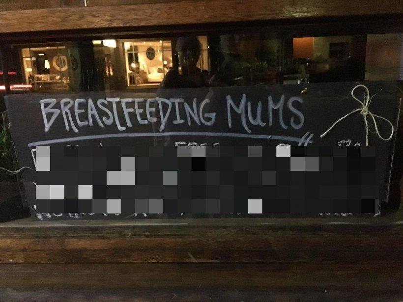 """Mesajul surprinzător cu care o cafenea își întâmpină clientele care alăptează. """"Vă rugăm să vă ..."""""""