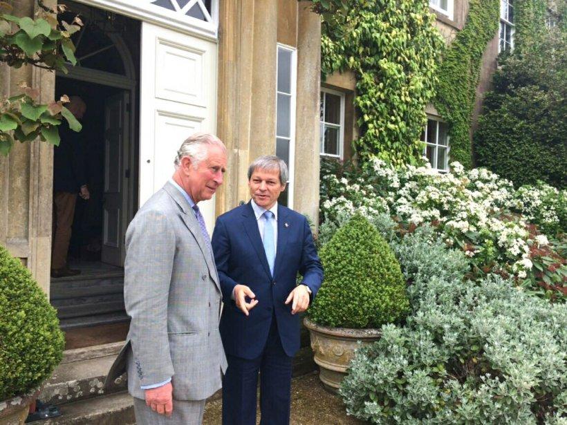 Dacian Cioloş s-a întâlnit cu Prinţul Charles la reşedinţa ...