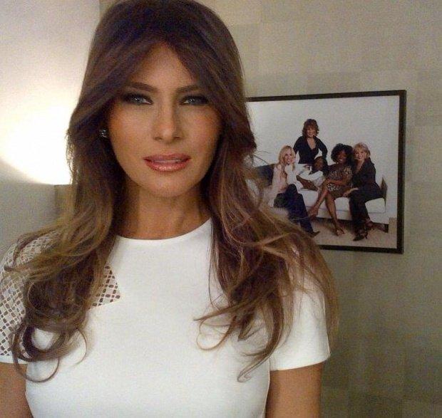 Motivul pentru care Melaniei Trump i se va ridica o statuie în mărime naturală