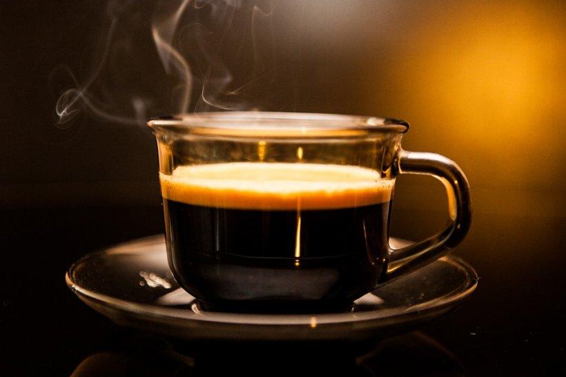Ce se întamplă cu organismul nostru după ce renunțăm la cafea