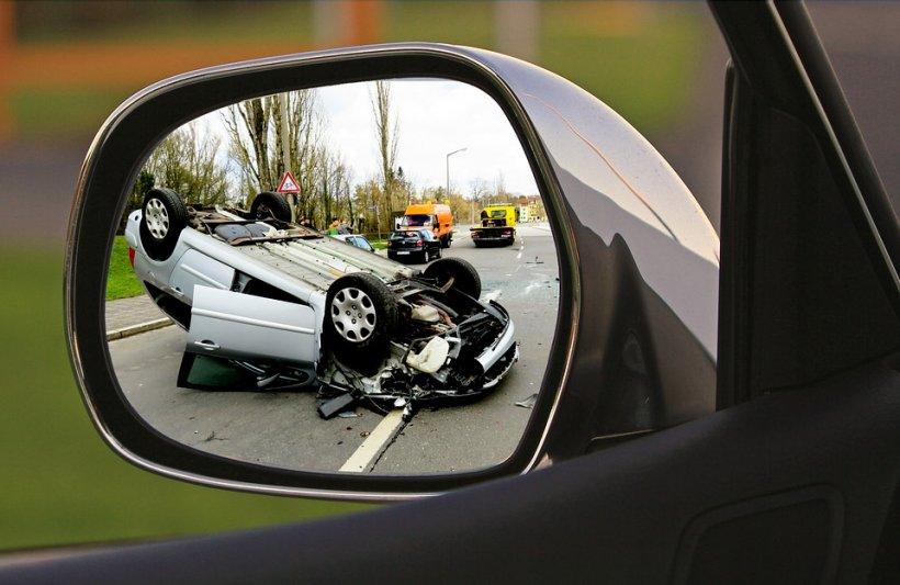 Accident în lanț, surprins de camera de bord - VIDEO