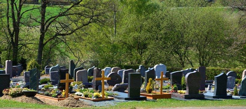 Motivele incredibile pentru care morții se dezgroapă la șapte ani de la înmormântare