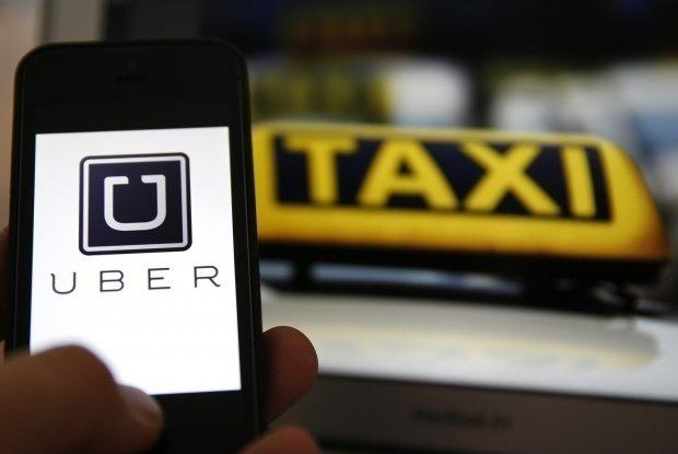 Cât câștigă un șofer Uber într-o lună