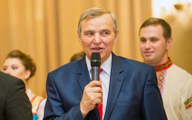 """Deputatul Miron Ignat, în presa rusă: """"Românii se spală în troacă!"""""""