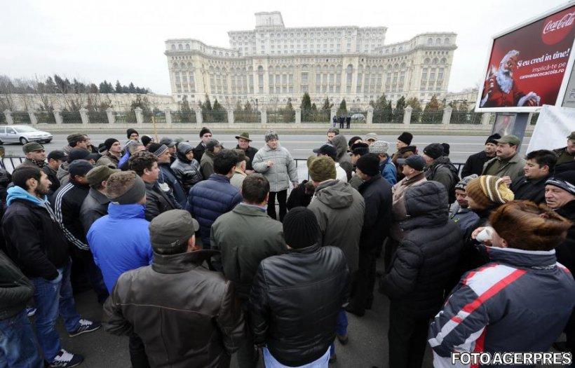 Se anunță proteste cu 10.000 de oameni, la Palatul Parlamentului. Proiectul legii salarizării, principala nemulțumire
