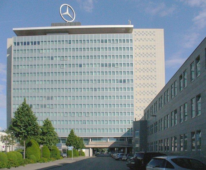 Percheziții în Germania, la sediile Daimler