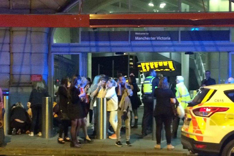 Atentat terorist Manchester Arena! NUMARUL MORTILOR a CRESCUT! Imagini de la fața locului