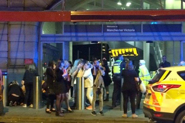 Actorul Tom Hardy strânge bani pentru victimele atacului din Manchester