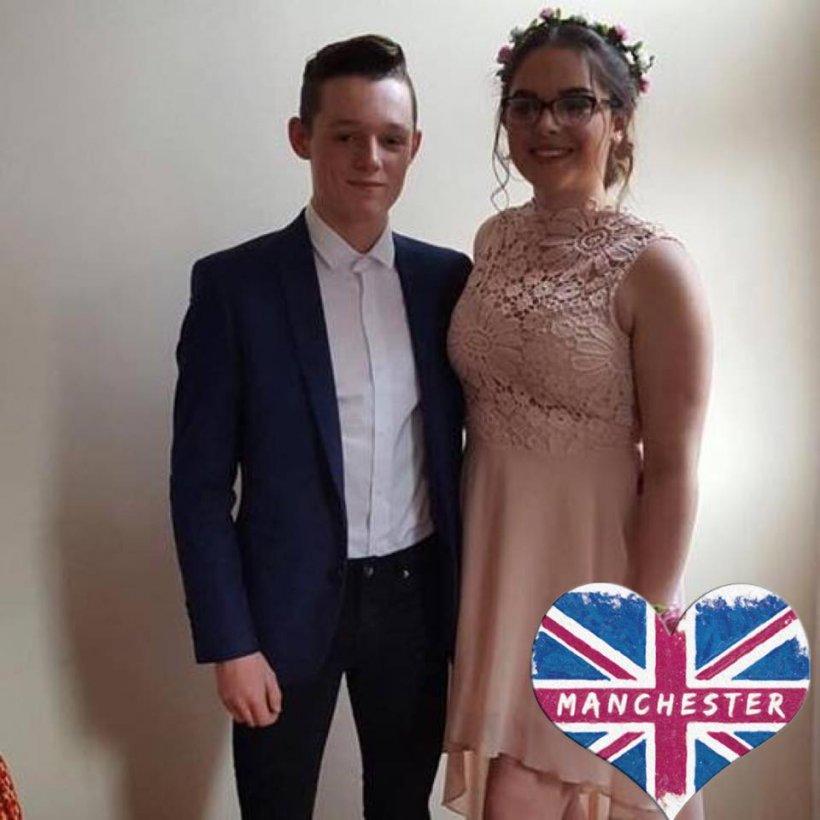 O adolescentă ucisă la Manchester i-a trimis iubitului un mesaj cu jumătate de oră înainte de atac. Ce i-a scris