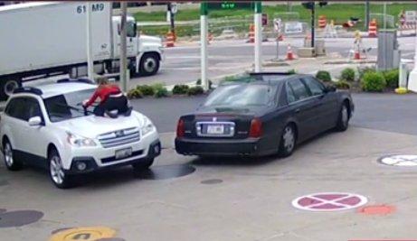 A împiedicat un hoț să-i fure mașina. Cum l-a făcut să-și abandoneze planul - VIDEO