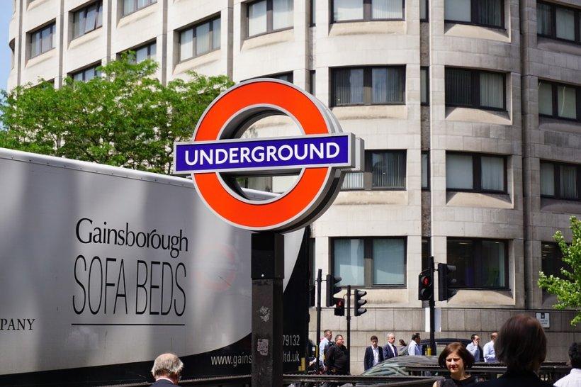 A plasat o bombă artizanală la metrou! Ce sentință a primit studentul britanic