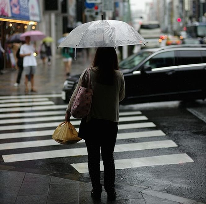 Vremea va fi în general instabilă şi răcoroasă. Prognoza meteo pentru weekend