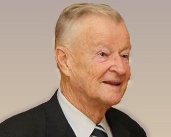 S-a stins una dintre vocile influente ale politicii. Fostul consilier al preşedintelui Jimmy Carter a murit la 89 de ani