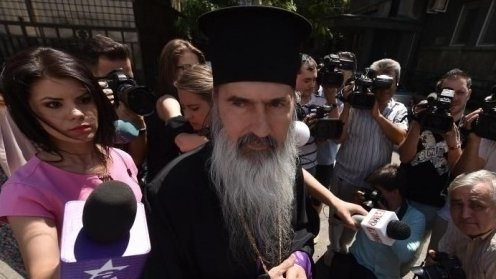 Arhiepiscopul Tomisului, IPS Teodosie, află astăzi dacă este arestat preventiv
