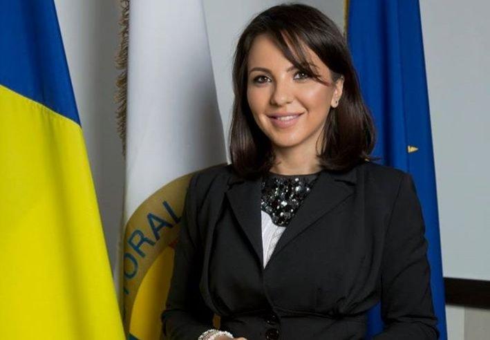 Sinteza zilei: Ana Maria Pătru, interviu incendiar. Cum s-au furat alegerile cu softul pentru AEP