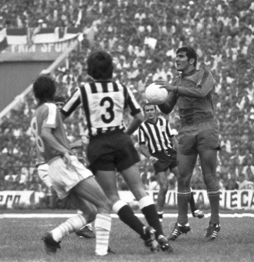 """Acuzații grave în fotbalul românesc, făcute de un jucător legendar: """"Meciurile se vindeau. D-aia suntem unde suntem"""""""