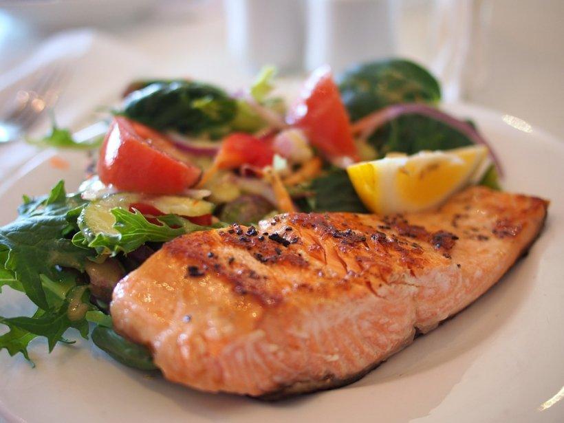 Nu mai consumați aceste tipuri de pește! Vă afectează grav sănătatea
