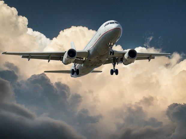 Zeci de zboruri afectate de grevă! Ce se întâmplă cu cei care au cumpărat bilete