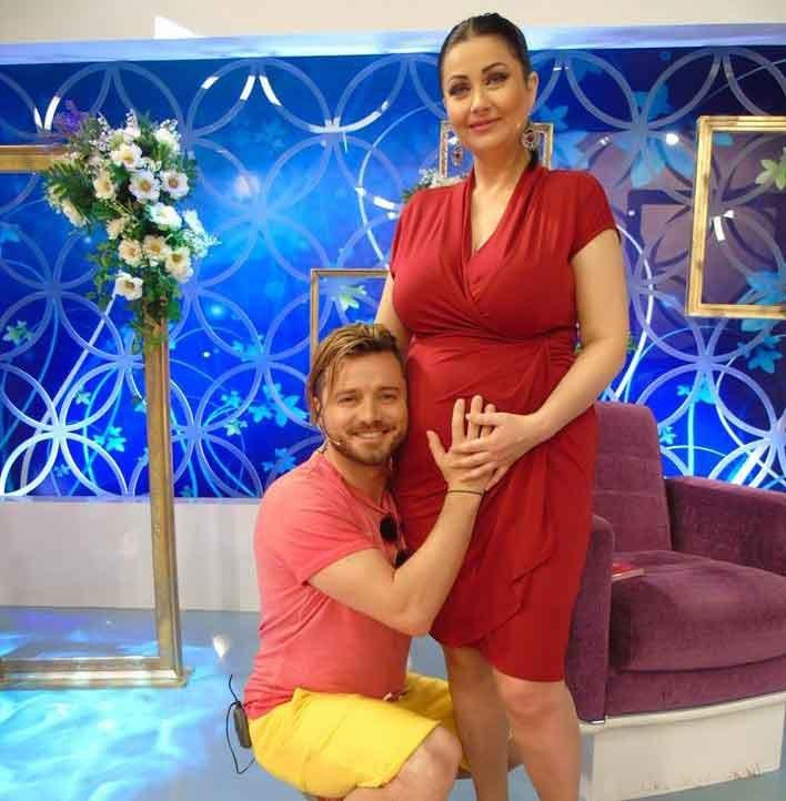 Gabriela Cristea a plâns în direct în emisiune! Vedeta a anunțat sexul copilului