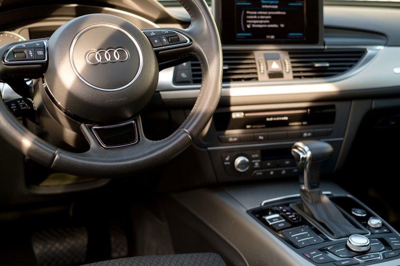 Mii de mașini Audi sunt chemate în service. Ce probleme au
