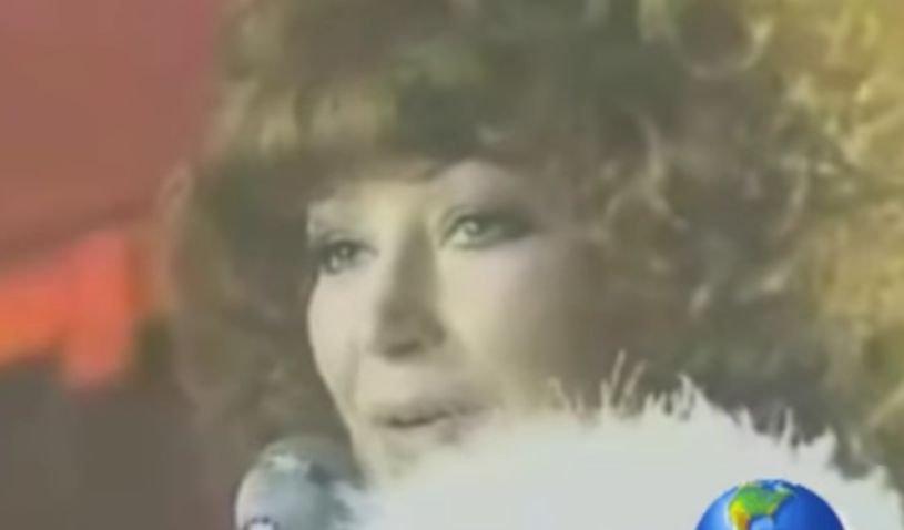 O cântăreață celebră a suferit un atac de cord. Gestul incredibil făcut de artistă