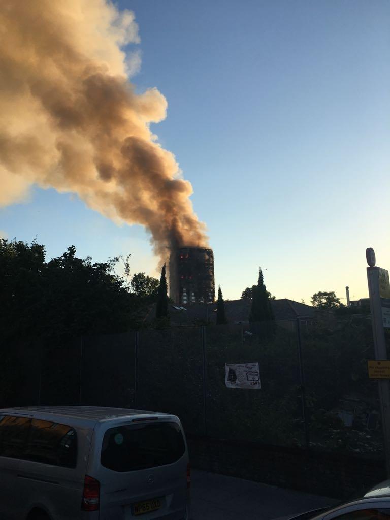 Au apărut primele imagini din interiorul Grenfell Tower, care a ars din temelii în urma unui incendiu devastator