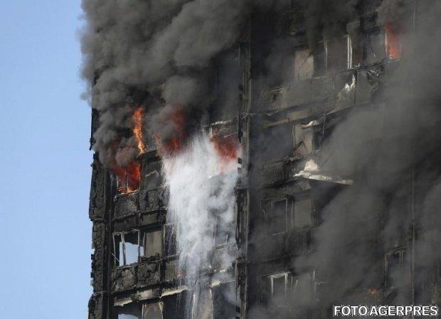 Incendiu Londra. Toate clădirile verificate prezintă risc major de incendiu