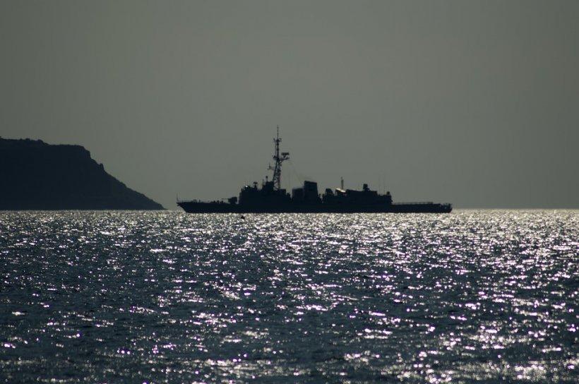 Tragedie în Oceanul Atlantic. O navă militară s-a scufundat și zeci de militari sunt dați dispăruți