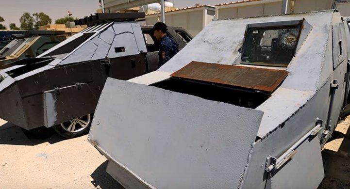 """Cum arată mașinile de luptă ale jihadiștilor ISIS. Unele par a fi inspirate din filmul """"Mad Max"""" - VIDEO"""