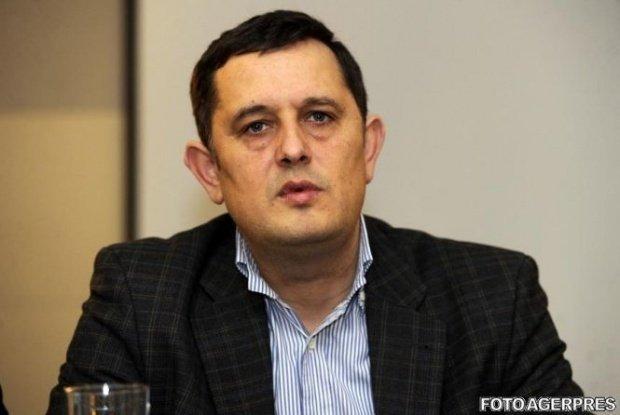 Gheorghe Piperea, numit consilier onorific al premierului Tudose