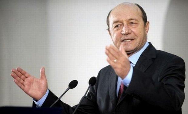 Proptelele folosite de Băsescu în afacerea Nana. Rețeaua mamă-fiică-soacră de care a profitat fostul președinte