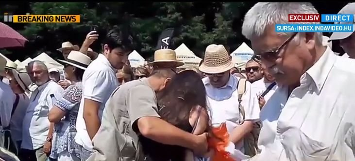 Jandarmeria: Femeia agresată în timpul discursului premierului Ungariei poate depune plângere la Poliţie 16