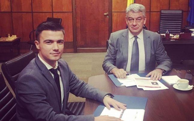 Tânărul alungat de Guvernul Grindeanu, pentru că a colaborat cu tehnocratul Cioloş, a devenit consilierul premierului Tudose