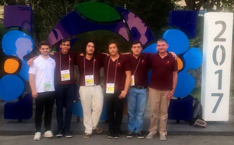 Două medalii de aur şi două medalii de bronz, palmaresul elevilor români la Olimpiada Internaţională de Informatică 2017