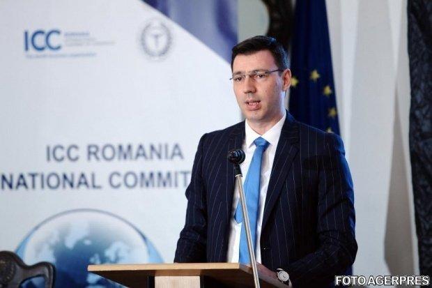 Ministrul Finanţelor: Fondurile de pensii Pilonul II iau comisioane de sute de milioane din pensiile românilor 418