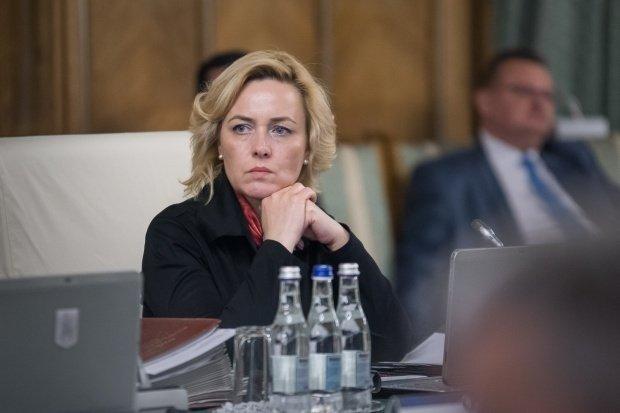 Carmen Dan: Nu sunt ministrul chestorilor şi generalilor