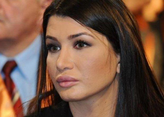 Barbatul care i-a spart apartamentul Elenei Basescu, eliberat in secret
