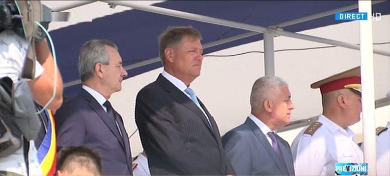 Spectacol pe litoral, de Ziua Marinei. Președintele Klaus Iohannis și ministrul Apărării, la festivități