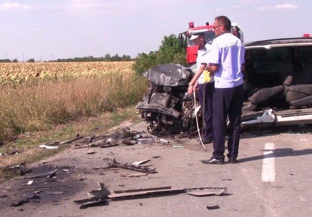 Accident cu mașina ambasadorului României în Vietnam. Șase persoane au fost rănite