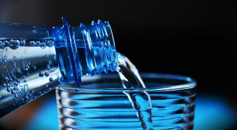 Lege specială pentru apa minerală. Ce vrea să facă Guvernul