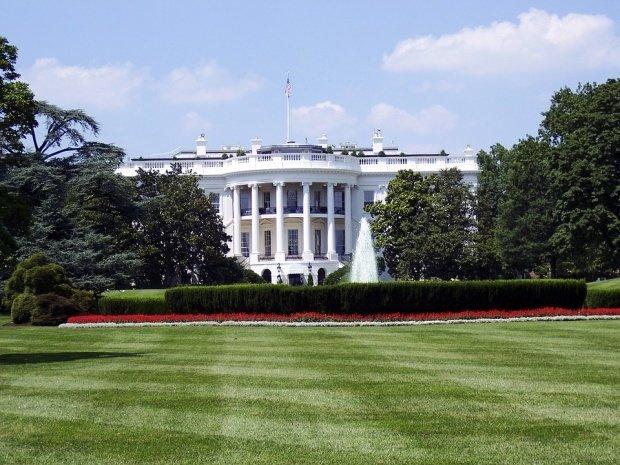 Casa Albă, închisă. A fost verificat un pachet suspect, dar alarma a fost falsă