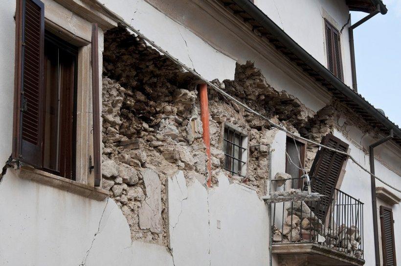 Cutremurul din Italia. Circa 2.600 de persoane sunt sinistrate după seism