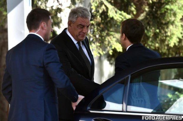 Tudose: L-am asigurat pe Emmanuel Macron că România este pregătită, mai ales în contextul preluării preşedinţiei UE în 2019