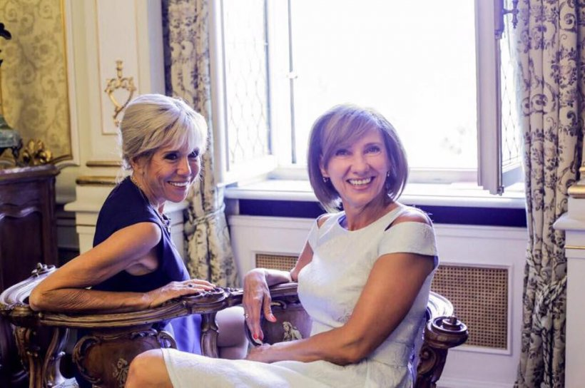 Carmen Iohannis a dus-o pe Brigitte Macron într-o vizită secretă. Unde au fost cele două prime doamne