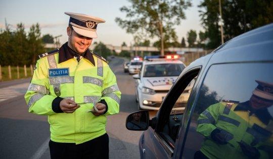 """Poliția Română, mesaj fără precedent: """"Dragă șoferule, (...) îți cerem să nu te superi"""""""