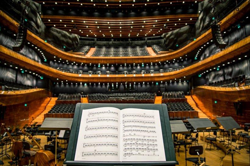 Topul țărilor care frecventează cel mai rar sălile de teatru, operă şi balet. Pe ce loc se află România