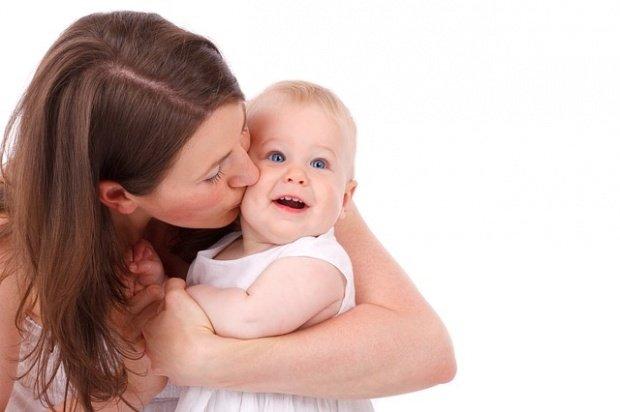 Cum se acordă, din septembrie, concediul şi indemnizaţia de creştere a copilului
